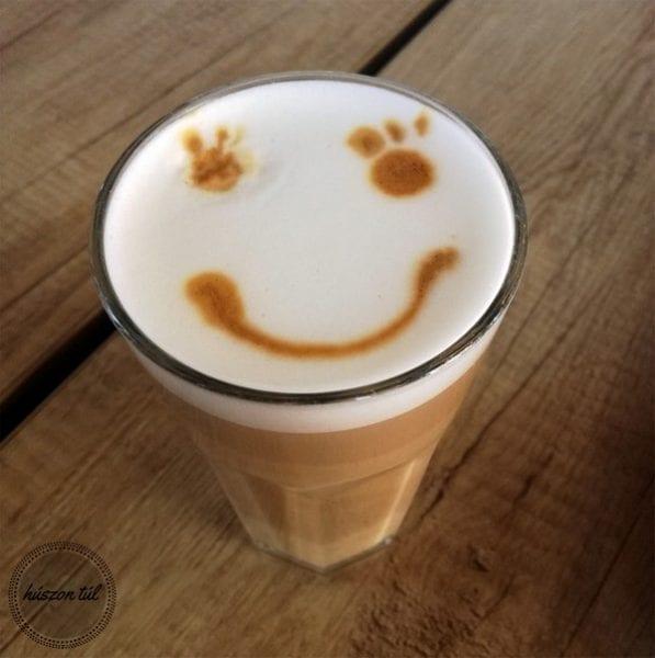 #játszommintegygyerek kávé mosoly