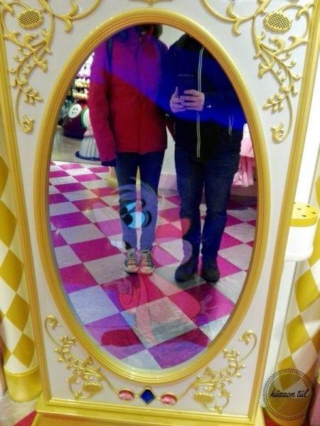 Játszommintegygyerek tükör lányok