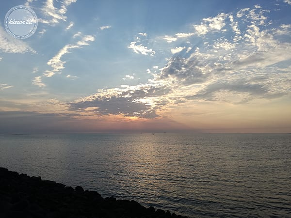 onlinecsend - naplemente és óceán